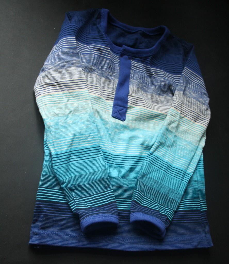 Bluse med stolpeåbning