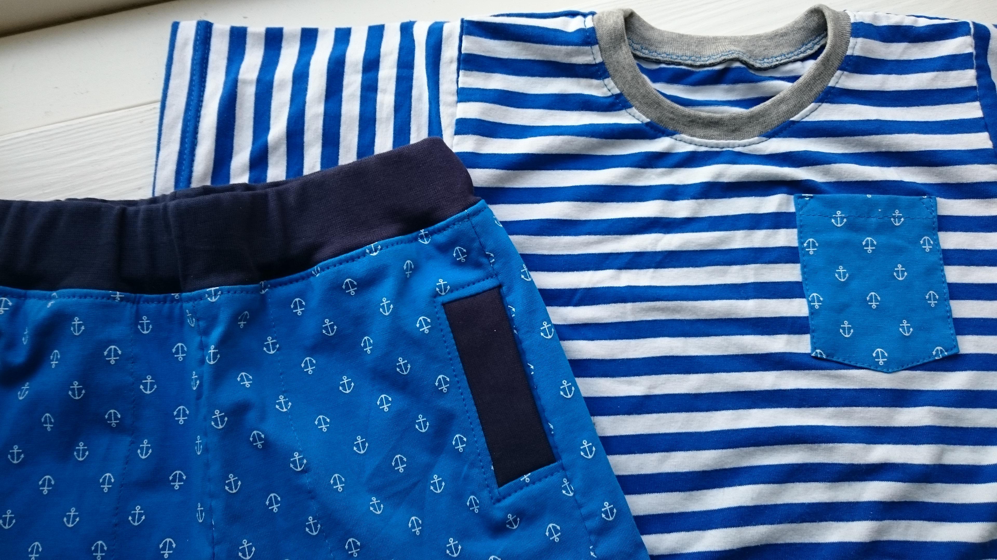 Shorts og t-shirts