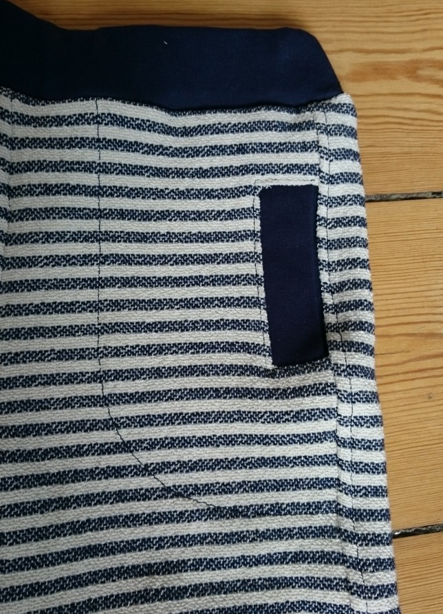 Stribede shorts med lommer lommedetalje